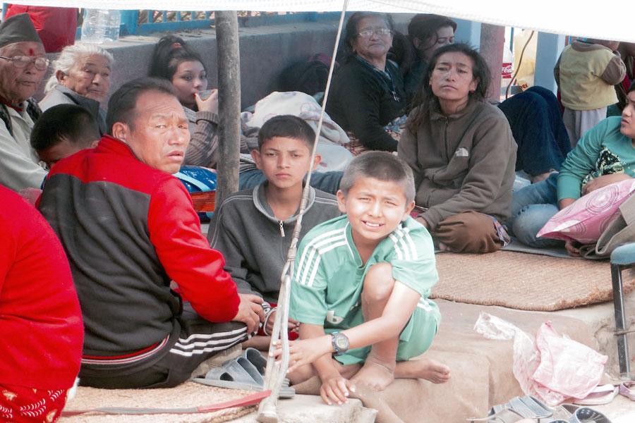 earthquake-victims