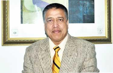 लक्ष्मीबहादुर श्रेष्ठ -प्रवद्र्धक, एनसीसी बैंक